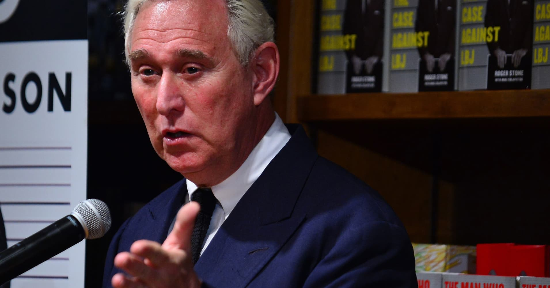 Senate panel contacts Trump adviser Roger Stone in Russia investigation