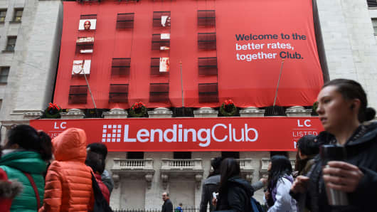 Lending Club's Q3 Tops; Firm Didn't Need Incentives In September