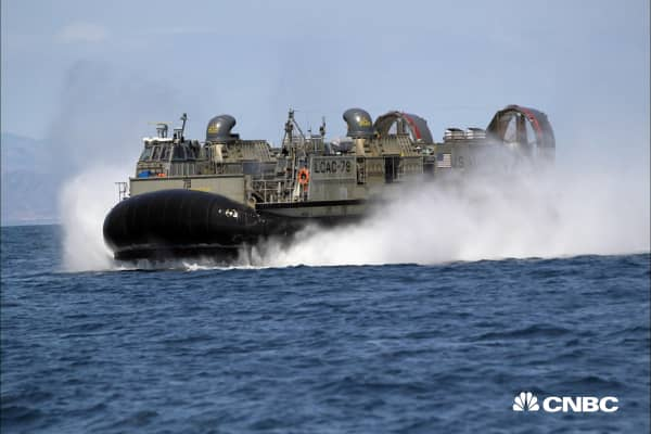 Jay Leno gets permission to pilot a $41 million Navy hovercraft