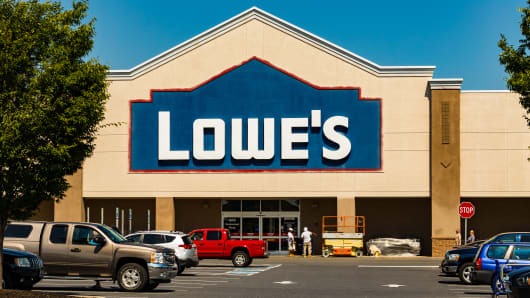 Lowe's misses on earnings and revenue; stock sinks