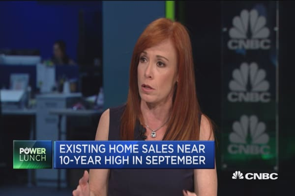 Existing home sales near 10-year high in September