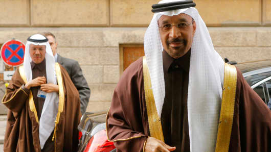 Saudi Arabia's Energy Minister Khalid al-Falih arrives for a meeting of the Organization of the Petroleum Exporting Countries (OPEC) in Vienna, Austria, November 30, 2016.