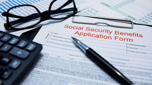 GOP Lawmaker Introduces Bill to Shore Up Social Security's Finances