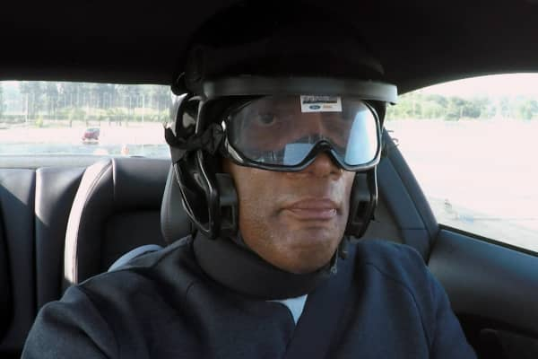 Comedian Alonzo Bodden wears special goggles to simulate driving under the influence.