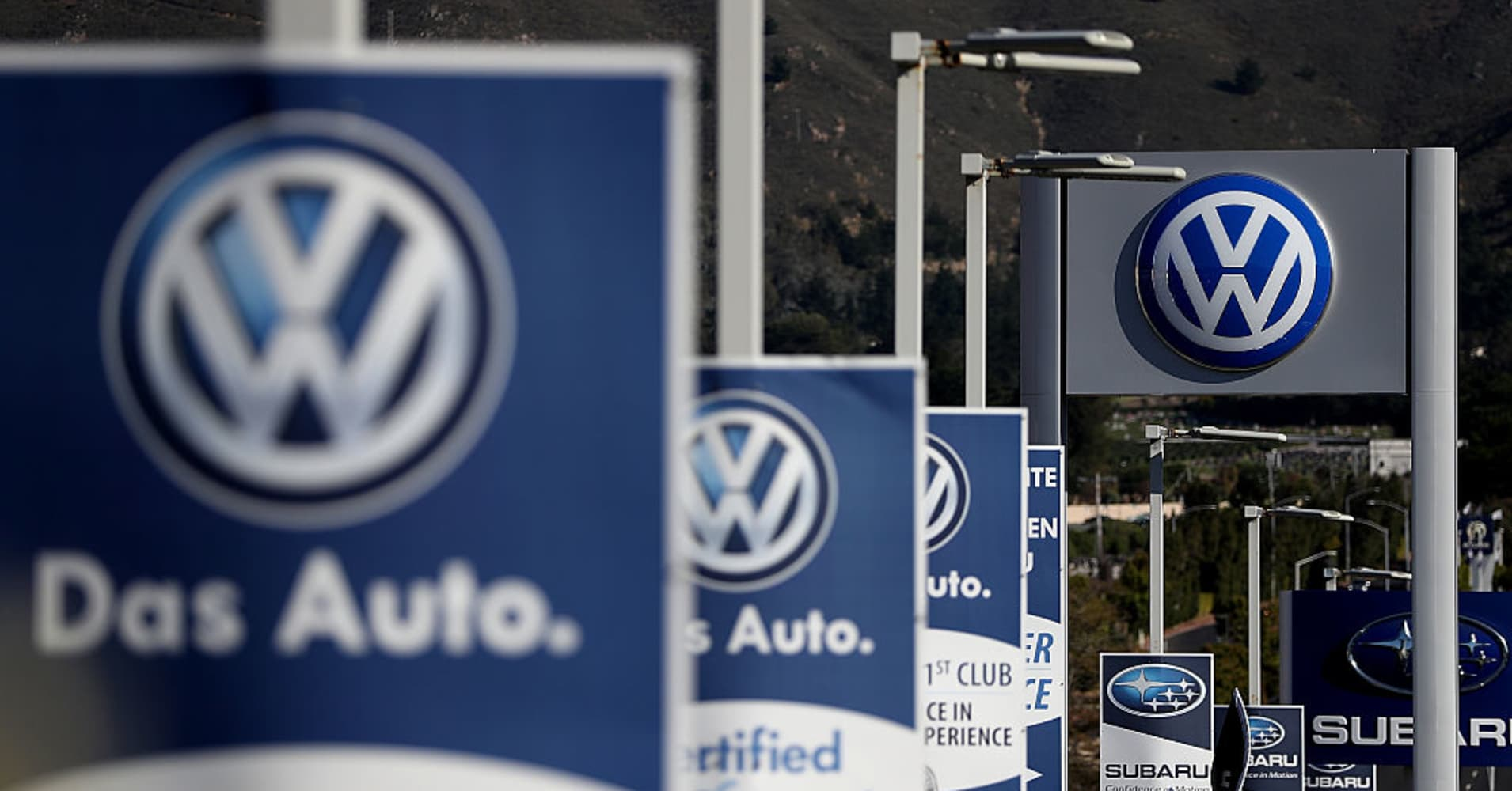 Volkswagen close to settlement with U.S. Justice Department on emissions scandal