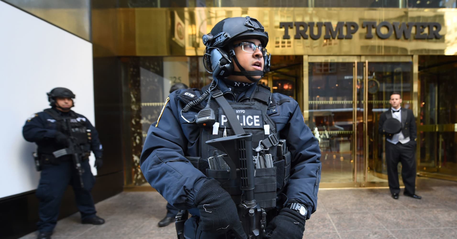 Laptop containing Trump Tower plans and Clinton email probe stolen from Secret Service agent's car