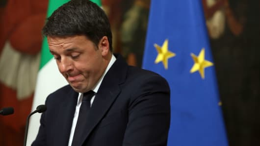 Renzi resigns after NO result