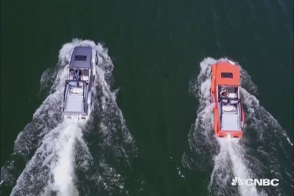 Behold! The world's fastest amphibious car