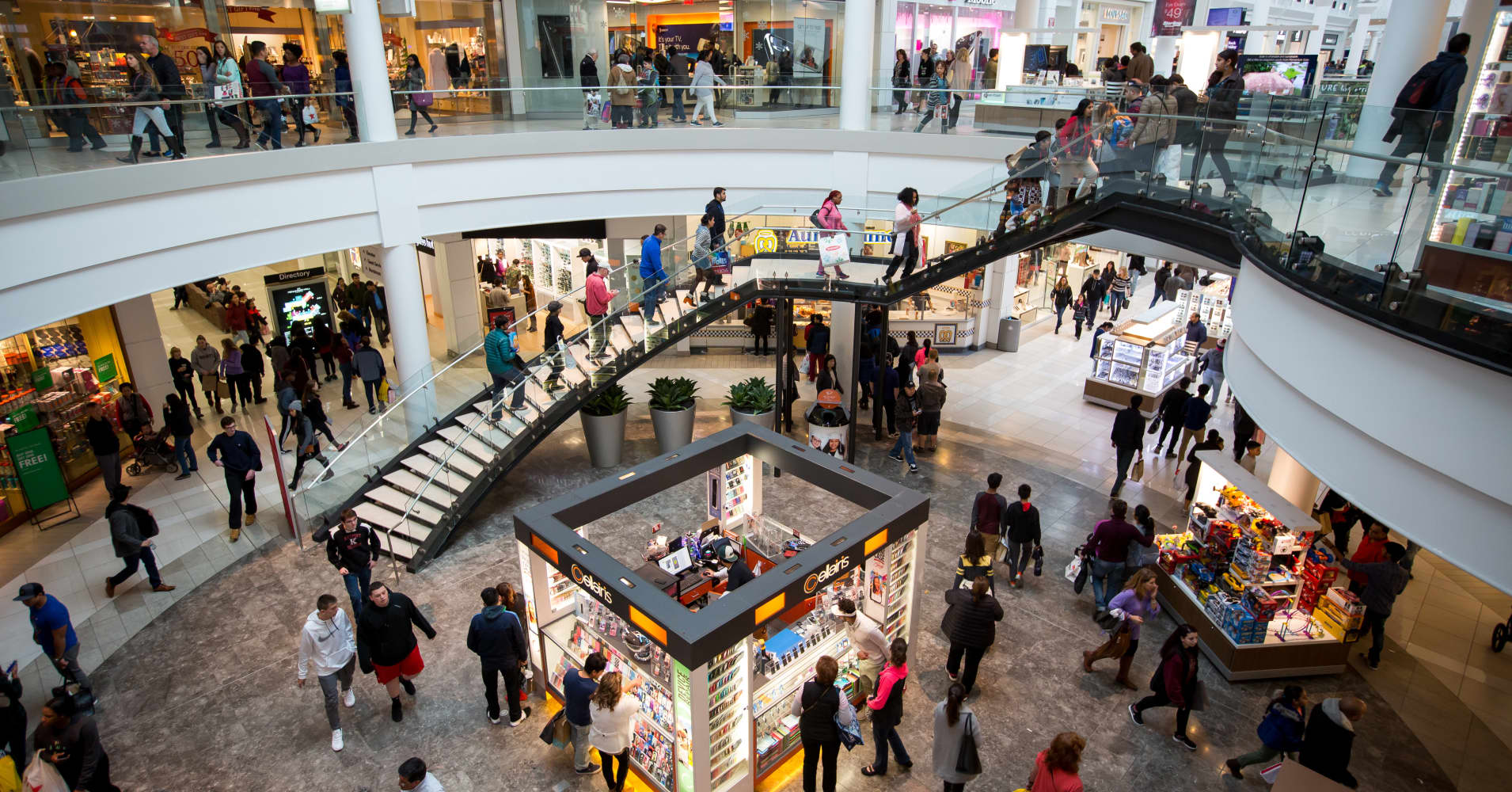 Malls are going to become ghost towns, Jim Cramer says