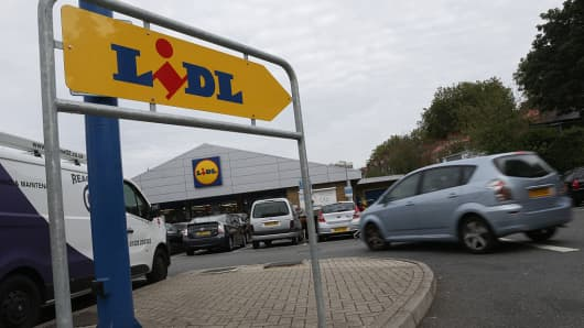 BRITAIN-GERMANY-EU-RETAIL-INVESTMENT-BUSINESS-ALDI