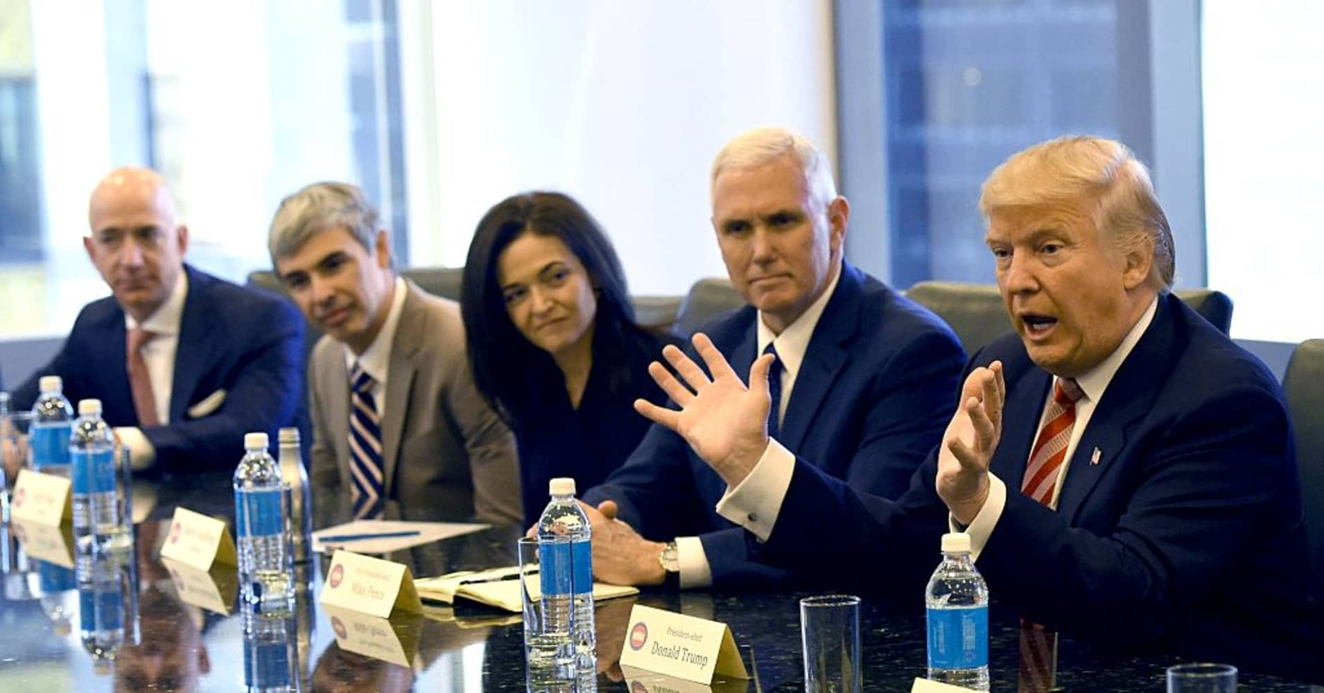 The White House will huddle with execs from Apple, Google, Facebook next month