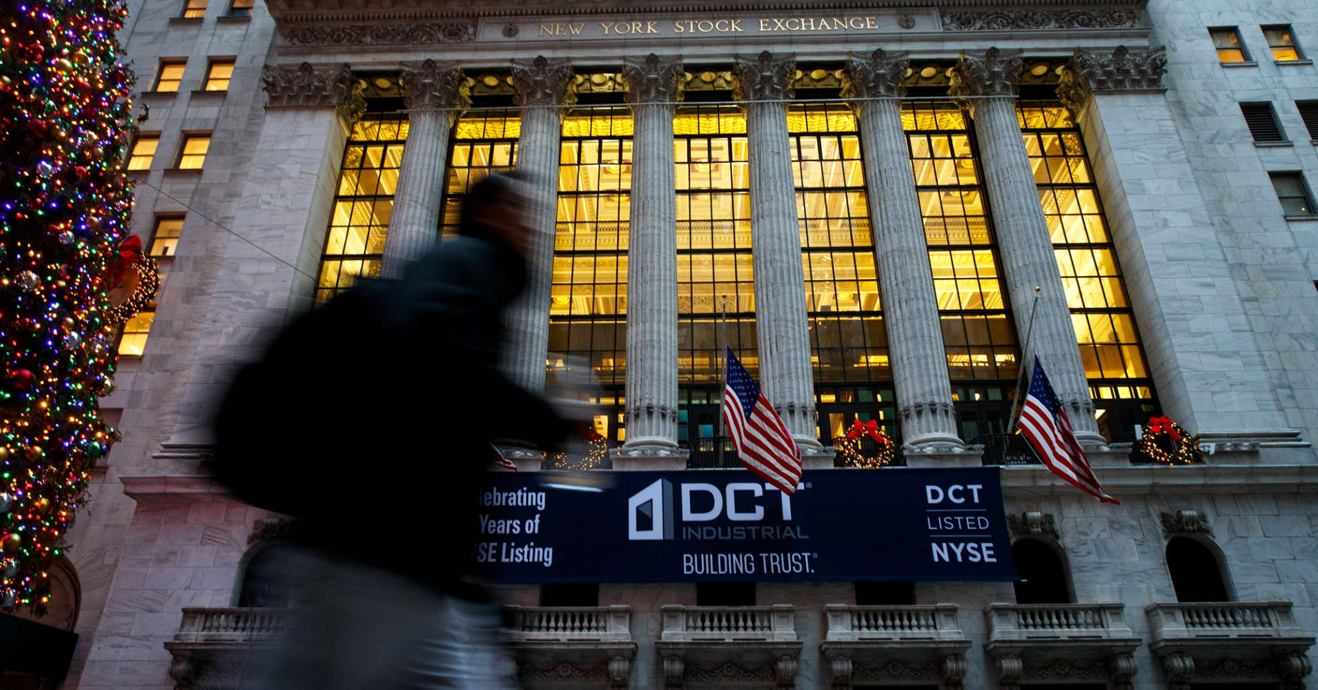 Trading resumes on NYSE Arca after technical issue is resolved