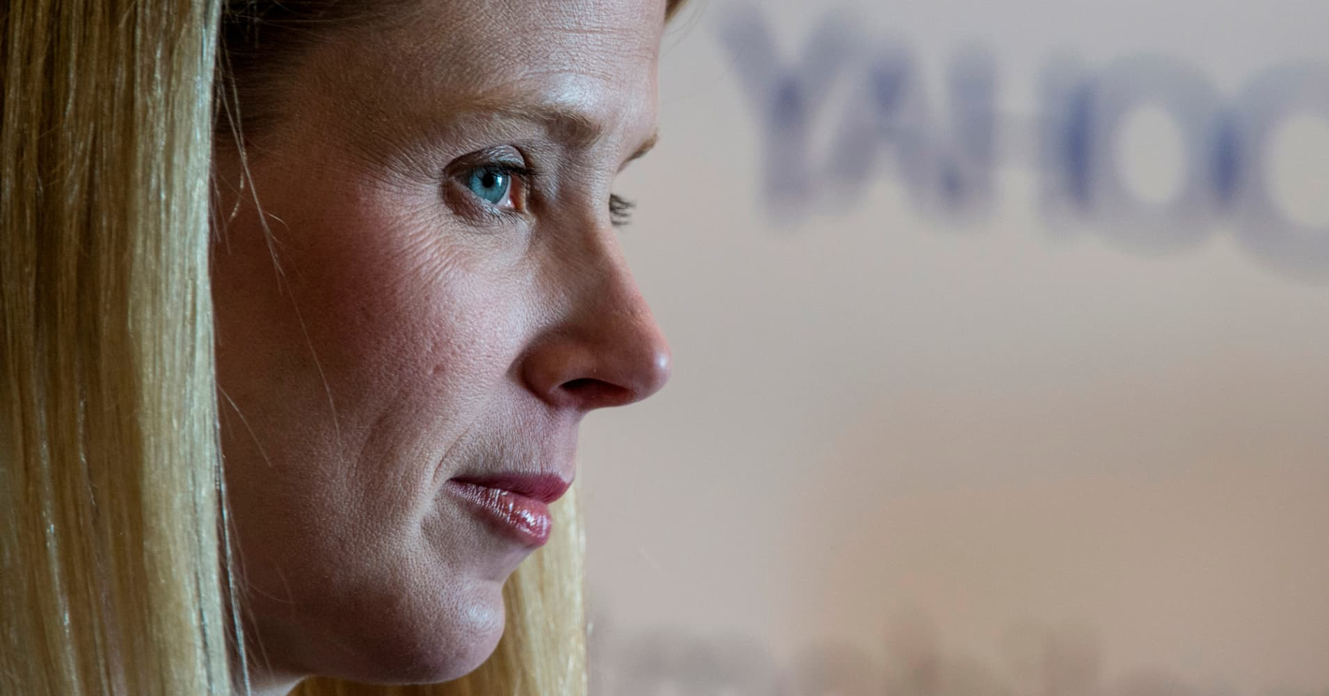 Yahoo's Marissa Mayer gives up annual equity, bonus due to breaches