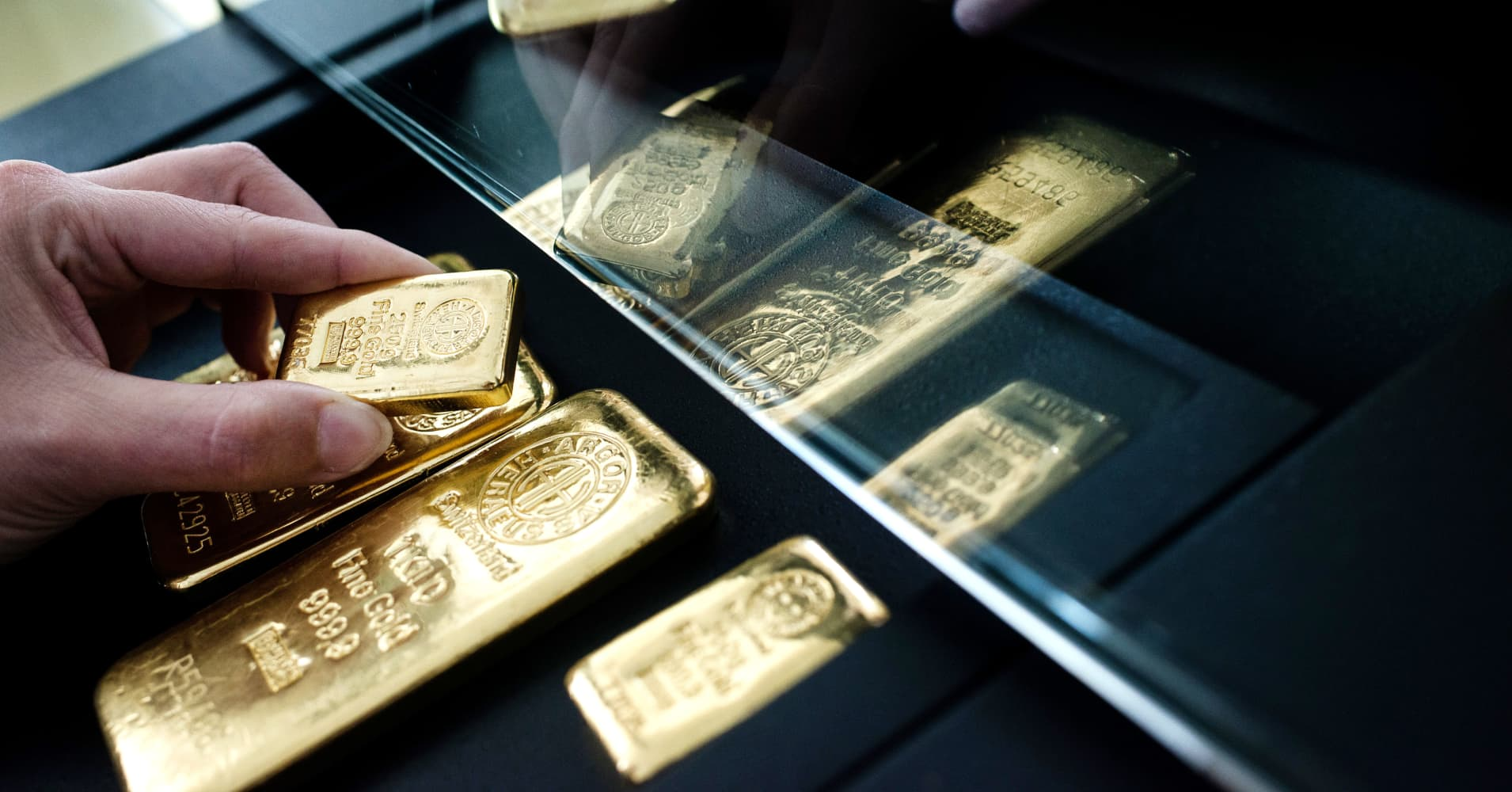 Gold starts the year off strong—and some say it's about to get even better for bullion