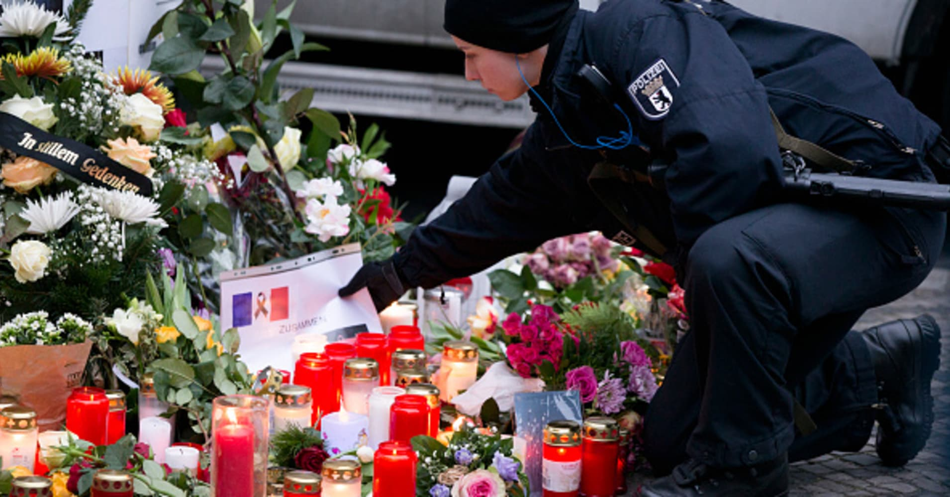 Dc5m United States Events In English Created At 2016 12 21 1657 Hoc Store Black Floral French Cuff Our Live Blog Is Tracking Reactions As Isis Claims Responsibility For The Deadly Berlin Attack Authorities Continue Manhunt Truck Driver After