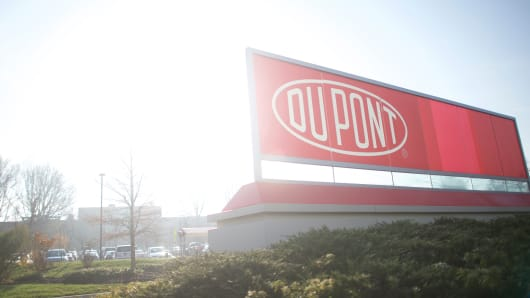 Third jury returns verdict against DuPont in teflon case