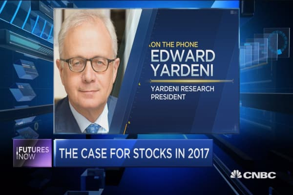 Trump tax cuts would boost earnings: Yardeni