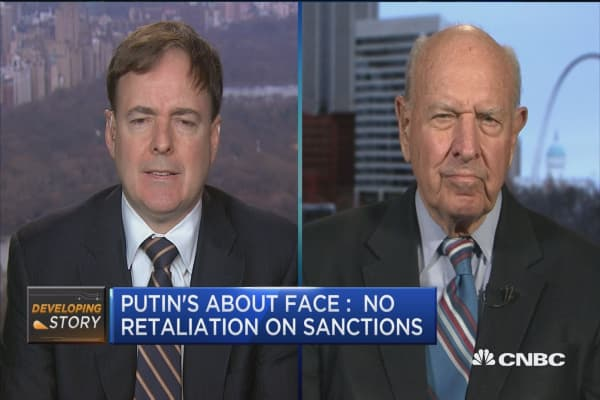I don't trust Putin, Obama did what he had to: Fmr. Ambassador
