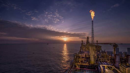 Azerbaijani minister: oil prices may go higher in 2017