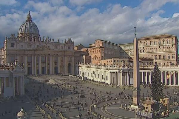 McDonald's opens in Vatican building