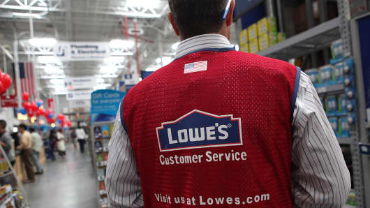 Lowe's to lay off 2400 full-time workers