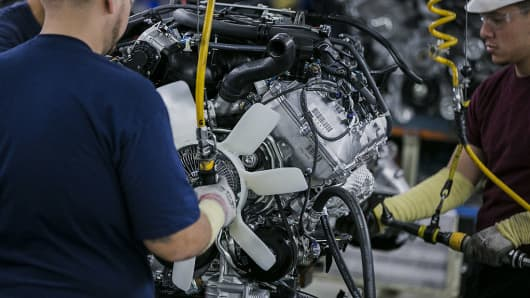 Toyota to invest $600 million, add 400 jobs at Indiana SUV plant