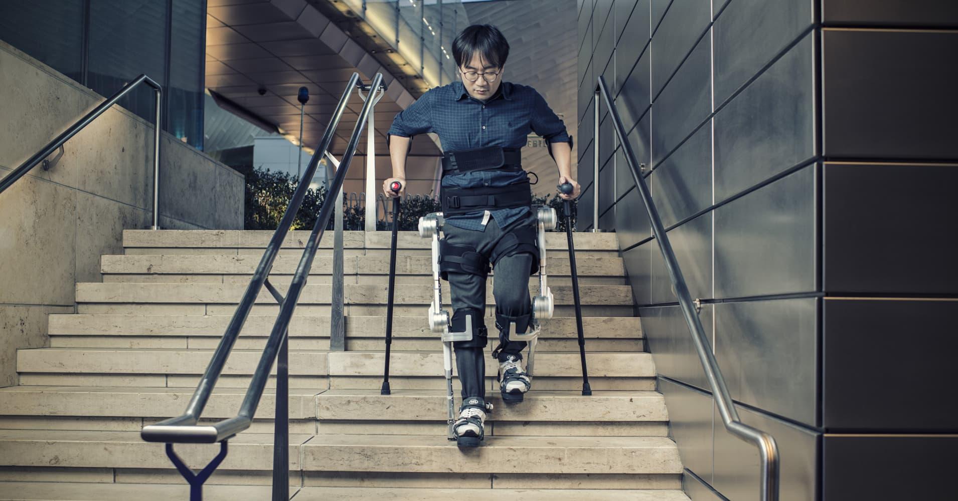 Hyundai debuts a miracle device that can help paraplegics walk