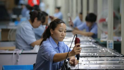 Chinese factory output kicks off 2017 on high note