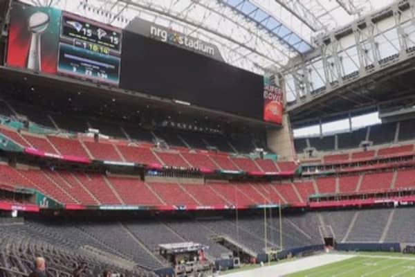 Super Bowl spending topped $15.5 billion last year