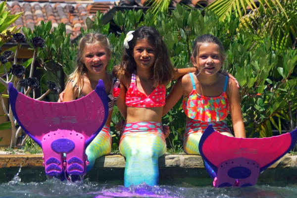 With a partnership with Body Glove, Mermaid Linden designed monofins for children.