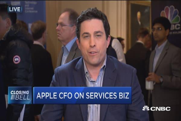 Apple CFO: Border tax not good for American economy