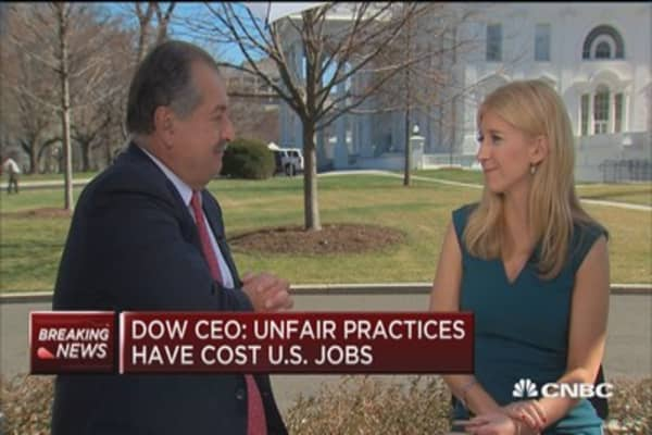 Dow Chemical CEO: Business needs 'red carpet, not red tape'