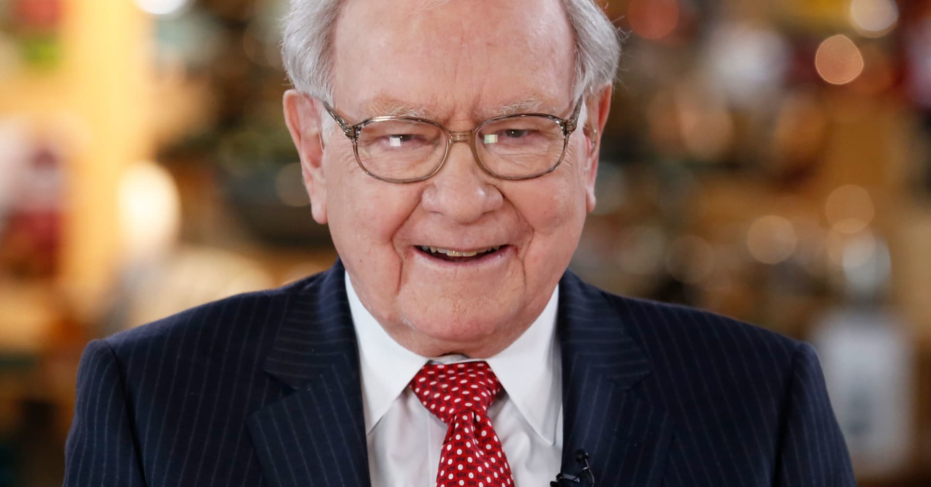 Op-Ed: Why Warren Buffett is wrong about this investment strategy