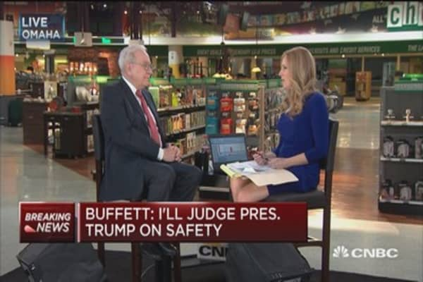 Buffett: I'll judge Trump by how safe the country is in four years