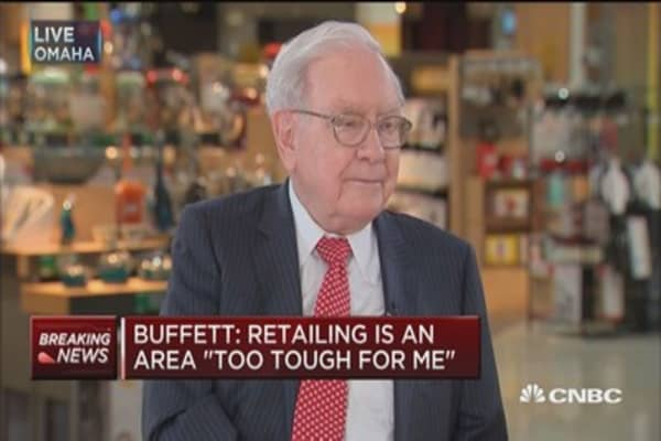 Buffett: Amazon's Jeff Bezos is one terrific businessman