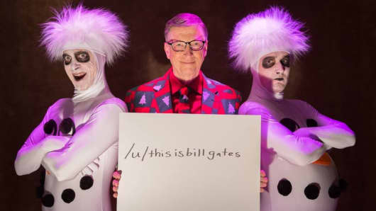 Bill Gates is on Reddit right now. Ask him anything!