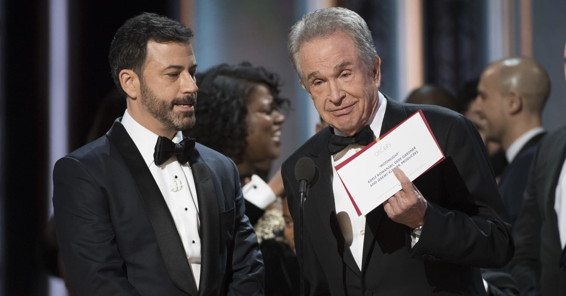 A tweet may be to blame for the biggest Oscar goof up in history