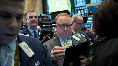 Longest Wall Street win streak in three months may continue