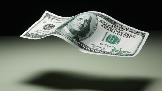 Dollar holds gains ahead of Fed monetary policy