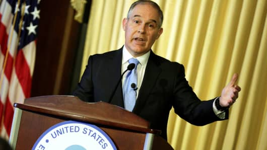 Pruitt signals pull back on U.S.  climate policy