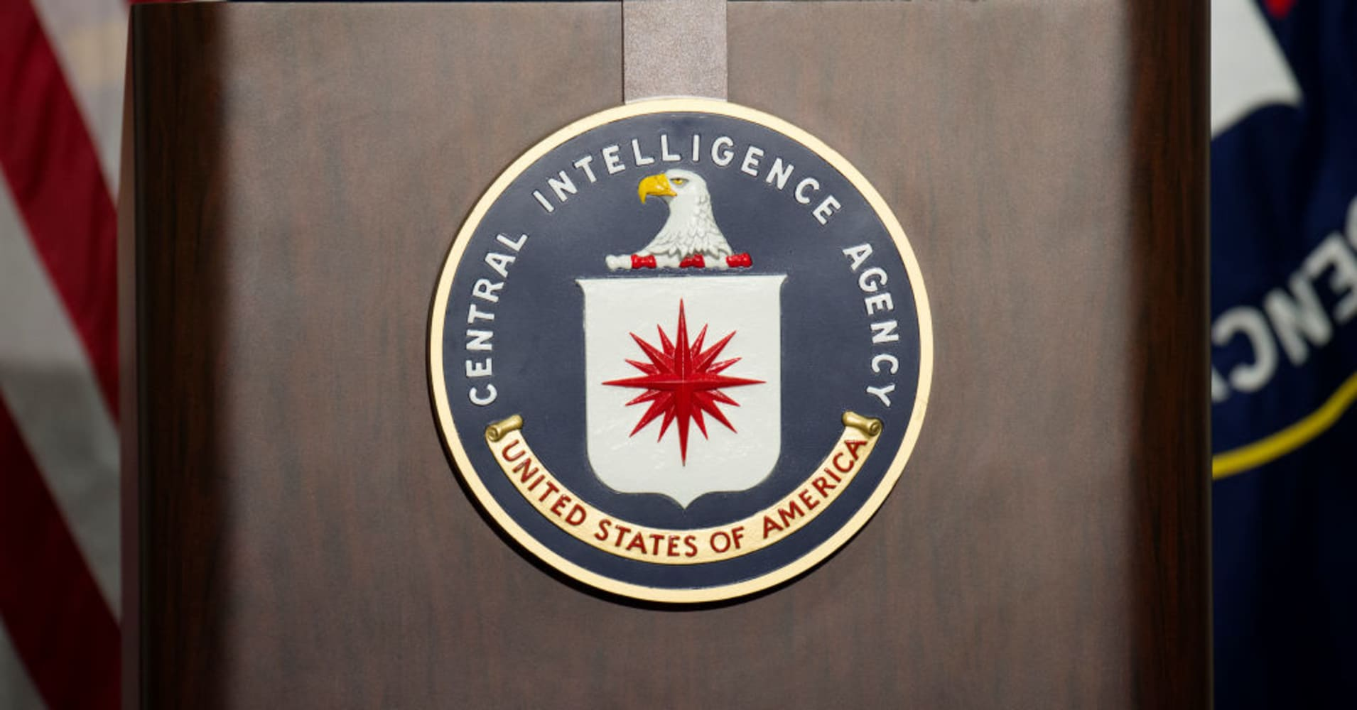 How do you frustrate a CIA hacker? Show them Chinese