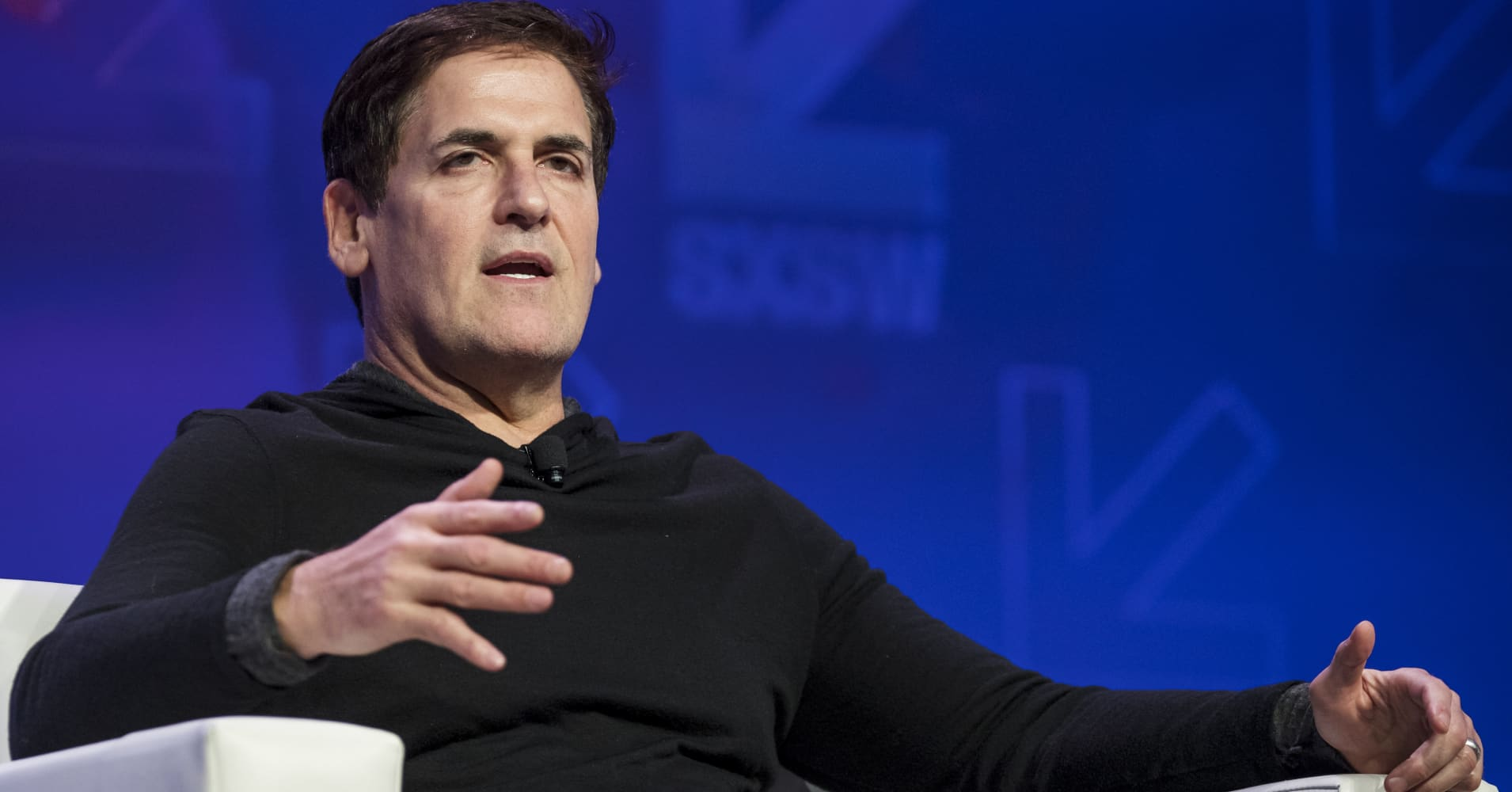 Mark Cuban gives Trump a 'C-minus' on first 100 days