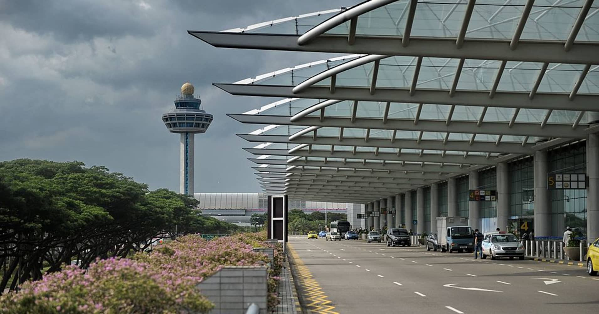 Singapore beats Hong Kong to claim title of 'World's Best Airport'