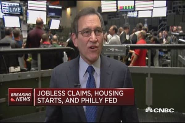 Initial jobless claims down 2K to 241,000
