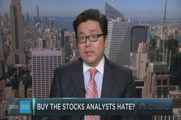 Tom Lee's contrarian call