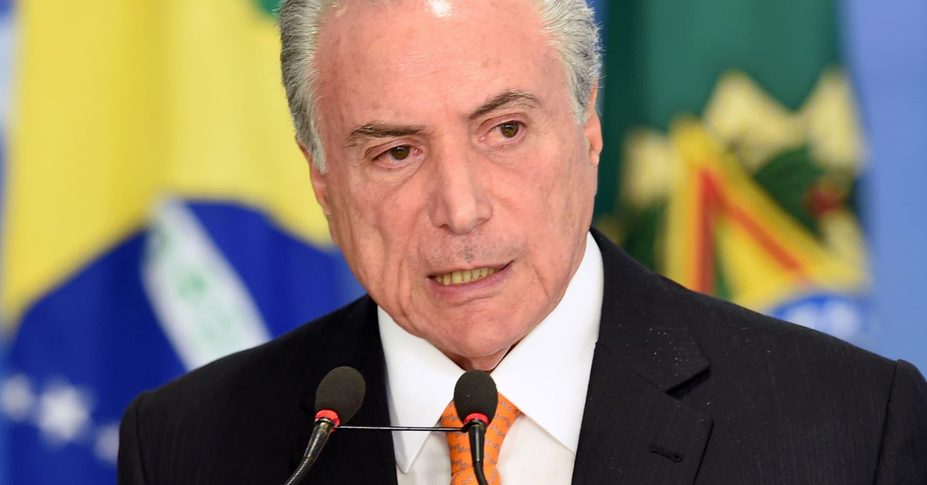 Brazil ETF set for 4% rebound as political turmoil rumbles on