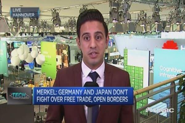 Abe and Merkel talking up free trade at CeBit