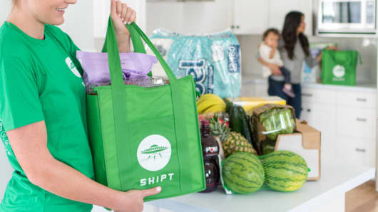 Costco Wholesale is offering grocery delivery service in Florida through a third-party delivery service known as Shipt.
