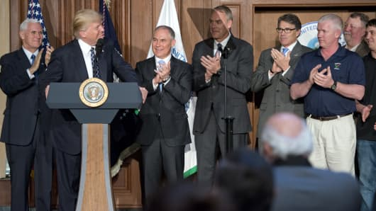 President Donald Trump makes remarks prior to signing an Energy Independence Executive Order at the Environmental Protection Agency (EPA) Headquarters on March 28, 2017 in Washington, DC.