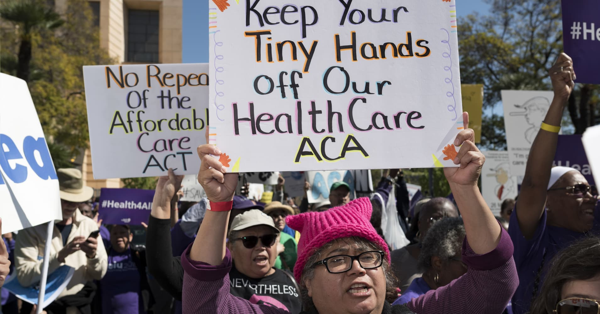 Op-Ed: Here's the 'worst case scenario' for Obamacare now